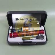 Maglite Solitaire LED Compact Torch / Fashlight Red, AAA, in Presentation Gift Box
